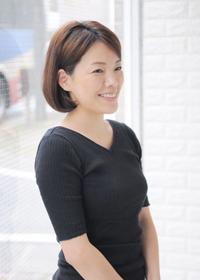 吉岡 美智子(よしおか みちこ)