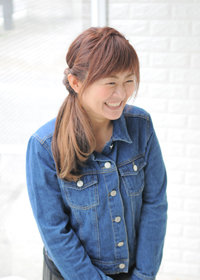 折金 麻衣子(おりかね まいこ)